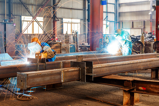 How to find a good steel fabrication company?